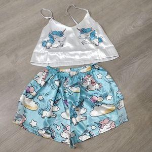 NWOT Silky Unicorn pajama set